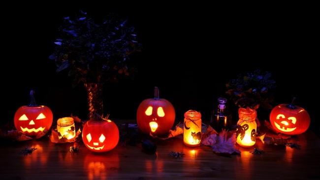 making halloween window lanterns